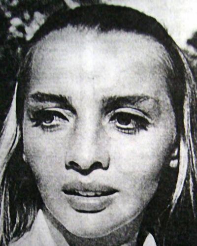 alien-woman